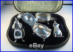 1908 Walker & Hall Heavy Solid Silver Boxed Cruet Set