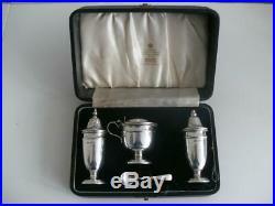 CASED SOLID SILVER CRUET CONDIMENT SET Sheffield 1959 Viners