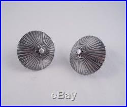 Japanese 950 Silver Umbrella Parasol Pair Of Salt Pepper Shakers Not Sterling