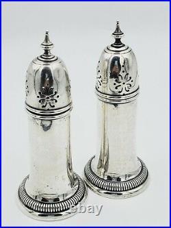 Pair of 2 International Sterling Silver Salt and Pepper Shakers 126 gram5'' T