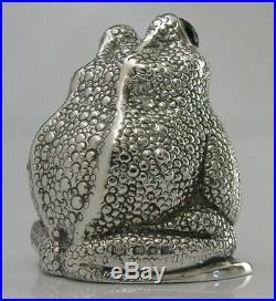 RARE STERLING SILVER FROG TOAD NOVELTY SALT POT 1968 WILLIAM COMYNS & SONS 98g