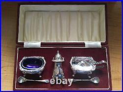 Solid Silver Boxed London 1959 Cruet Set
