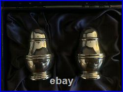 Sterling Carrs Of Sheffield Silver Salt & Pepper Pots In Original Case