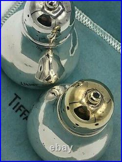Tiffany & Company Sterling Silver Salt and Pepper Shaker 2.75 x 1,5